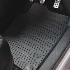 Legyen méretpontos autószőnyeg a kocsiban