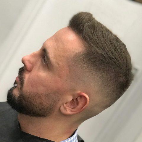 minőségi haj- és szakállvágás