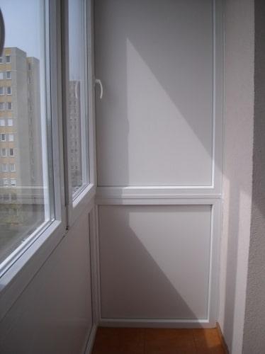 műanyag ablak beépítése