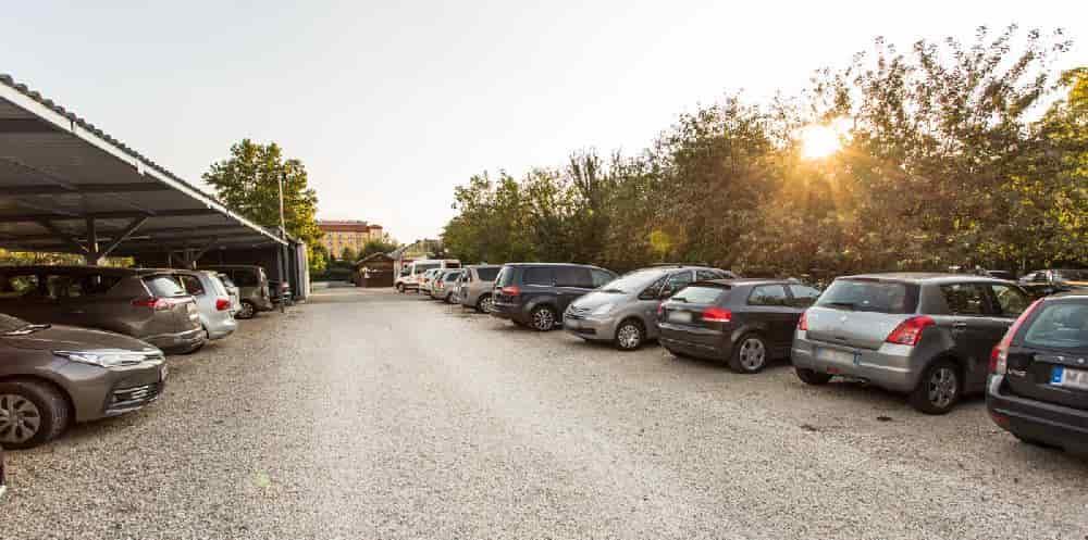 reptéri parkolás Vecsés